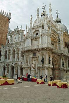 Venecia: Patio del Palacio Ducal