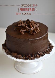 Yammie's Noshery: Fudge Mountain Cake