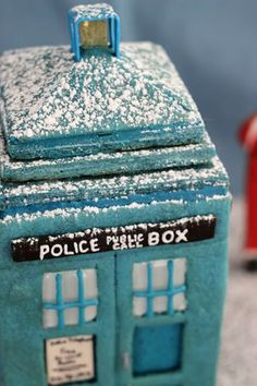 TARDIS out of gingerbread