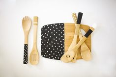 kitchen utensils, craft, painted kitchens, gift ideas, painted spoons, kitchen suppli, diy, wooden spoons, paint kitchen