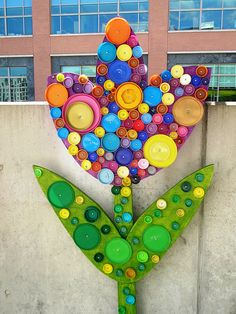 Bottle cap art- I love this.  I want to make a giant one