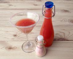 DIY Valentine's Craft Ideas: Strawberry Vodka & Pink Vanilla Sugar