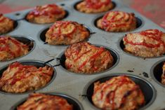 Mini-Meatloafs cooked in Muffin Tins :: Rural Housewife