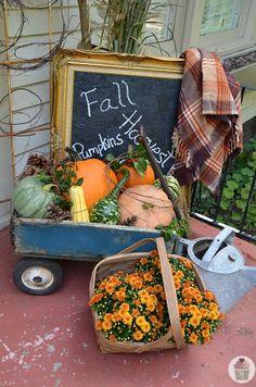 Fall Front Porch Decorating :: HoosierHomemade.com