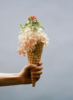 Hydrangea ice cream cone - not a cupcake, but it's awesome! waffl, wedding bouquets, magazin, flower girls, summer weddings, bridesmaid bouquets, picnic, parti, ice cream cones