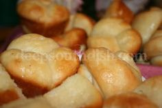 Old Fashioned Cloverleaf and Crescent Yeast Rolls