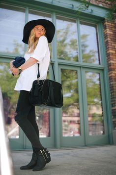 Big, Comfy Tees Barefoot Blonde by Amber Fillerup Clark diaper bags, blond black, charli diaper, barefoot blond