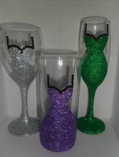 Glitter dress Wine, champagne or tumbler glass. -