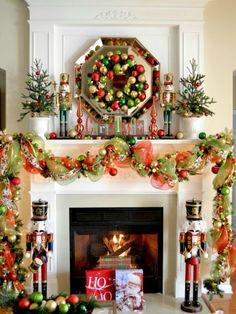 Classic Shine #christmasmantels #christmasdecor