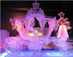 Made out of ice, incredible !