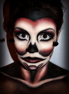 A little bit Scary but definitely AWESOME Makeup Artwork for Halloween
