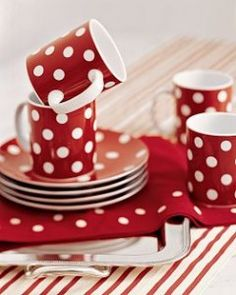 red polka dot dishes