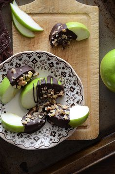 Healthy Candy Apple Wedges. #recipe #delicious Pin by Ellesilk.com