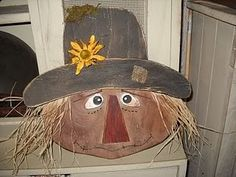 "DIY Free Wood Scarecrow Head Pattern Tutorial ~ Scroll all the way to the bottom of the page to the ""Download Our Free Patterns"" box with all the PDF downloads in it. ~ Courtesy of The Olde Country Cupboard"