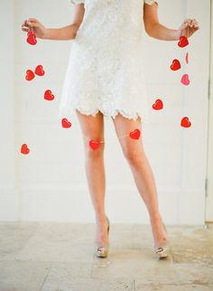 DIY Cute Heart Garland. #DIYWedding #Craft