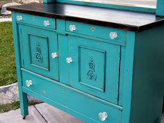 great site for upcycling old furniture