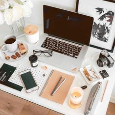 Desk Life Bliss|Mari
