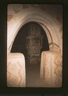 Interieur de maison. Agadez. Niger_ by courregesg, via Flickr