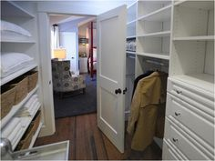 Small Walk In Closets