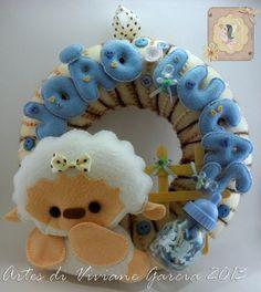 Porta maternidade de Ovelhinha - vendido Recorte de feltro desse enfeite: artesdivivianegarcia@yahoo.com.br curtam nossa página: https://www.facebook.com/pages/Artes-di-Viviane-Garcia/210050455699761