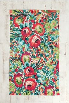 Amazing floral rug from Urban Outfitters. #floral #rugs Could be IT