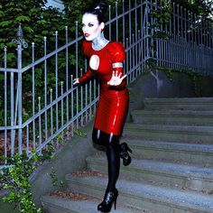 Danny Deluxe latex dress with silver glitter and black stockings!! Foto by Oli Kniest!  #dannydeluxecouture #dannydeluxe