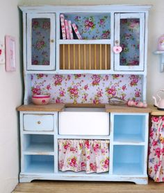 A Shabby Chic 1:12 Scale Kitchen Cabinet