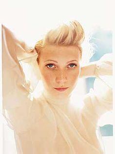 Gwyneth Paltrow by Mario Testino. // The sun glow is awesome.