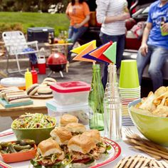 Tailgating Ideas from Taste of Home #PerfectTablegate