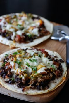 Mexican Black Bean Pizza. #food #foodporn #yum #instafood #dinner #lunch #breakfast #fresh #tasty #food #delish #delicious #1nstagramtags #yummy #amazing #instagood #photooftheday #sweet #eating #foodpic #foodpics #eat #hot #foods #hungry #foodgasm