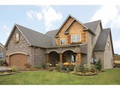 New American House Plan with 2470 Square Feet and 4 Bedrooms from Dream Home Source | House Plan Code DHSW38604
