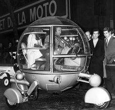 "Automodul Jean Pierre Ponthieu was the center of attention at the opening of the first Racing Car and Cycle of Paris, February 21, 1970. Created as a promotional vehicle and described it as ""The Car of the Year 2000"". Featured a 250cc single-cylinder engine and could do wheelies and turn on itself."