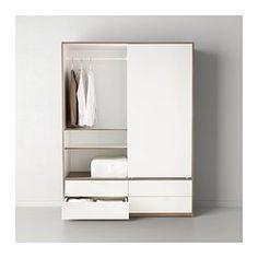 debiti nell 39 armadio. Black Bedroom Furniture Sets. Home Design Ideas