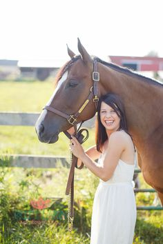 Senior with her Horse- Britt Lakin Photography