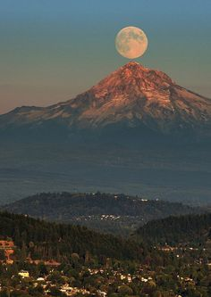 Another one of Mt. Hood and the Moon