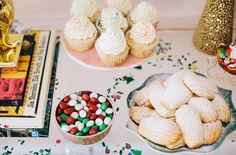 Twin Stripe's post on coordinating a holiday gift-wrapping party is pretty awesome! And, our Champagne Toast cupcakes are featured!  Cupcakes by: Sugar Euphoria  Styling by: Katia Williamsen of Twin Stripe Magazine  Photo by: Sara Logan Photography
