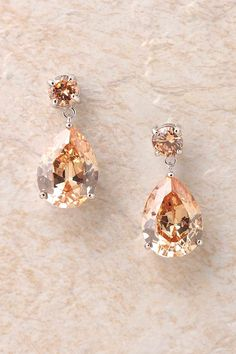 Timeless Champagne Elizabeth Earrings   Emma Stine Jewelry Set