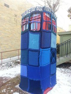 prank, yarn bombing, tardi, crochet, boxes, art, telephon, doctor who, doctors