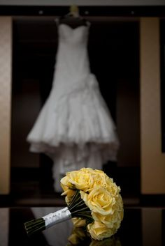 yellow flowers, idea, bridal bouquets, futur, yellow rose wedding bouquet, wedding bouquets, dress, yellow roses wedding bouquet, yellow bouquets