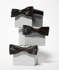 Thank the special men in their life for all of their support by with creative groomsmen gifts.