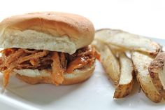 Crockpot barbecue chicken.  Yes, please!