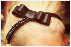 DIY: beaded bow headband