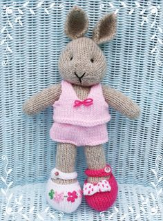 Soft toys on Pinterest Knitting Patterns, Amigurumi and Crochet Teddy Bears