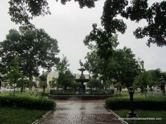 Kentucky – Bowling Green's Historic Fountain Square.  From Travel50StatesWithKids.com  #familytravel fountain squar, histor fountain