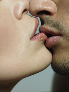 Learn how to kiss well. Check out some great kissing tips here!