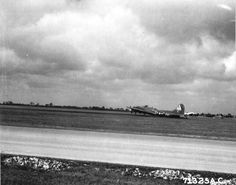 """B-17G Fortress """"Lost Angel"""" belly-landed at Kimbolton, England after being damaged over Magdeburg, Germany, 28 September 1944. Note that the crew had unbolted and dropped the ball turret to keep it from breaking the airframe's back. (US National Archives) fli fortress, war ii, b17 fli, militari histori, vintag warbird"""