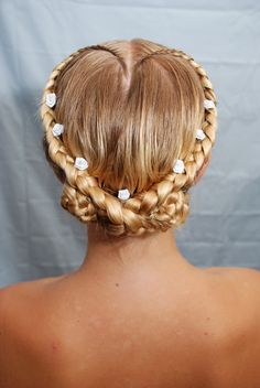 """Sweetheart"" Renaissance Festival Braid Hairstyle"