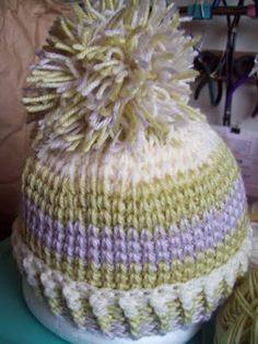 crocheted hat that looks like it is knitted