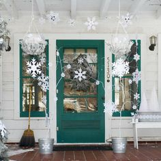 Christmas decorations ideas... 10 Christmas Decorating Ideas For Your Front Porch