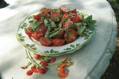Green Bean and Cherry Tomato Salad. http://www.vegetablegardener.com/item/3529/green-bean-and-cherry-tomato-salad free recip, food, favorit recip, green beans, cherri tomato, tomato salad, cherries, tomatoes, salads